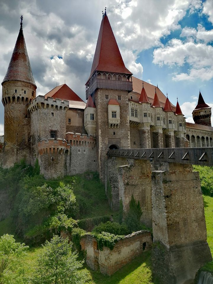 viermele castelului
